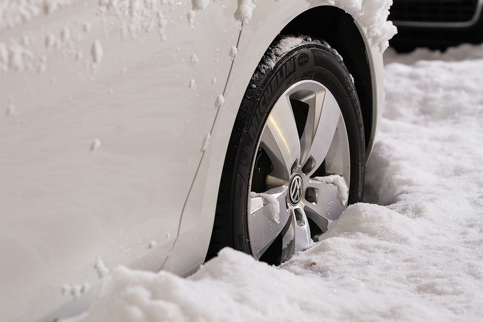 Is There Such a Thing as Different Tire Pressure in Winter?